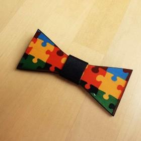Papion de lemn, personalizat, model Puzzle