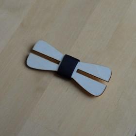 Papion de lemn, personalizat, model Clever Cut